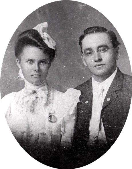 Bert Smith and Mollie Sumner, probable wedding photo