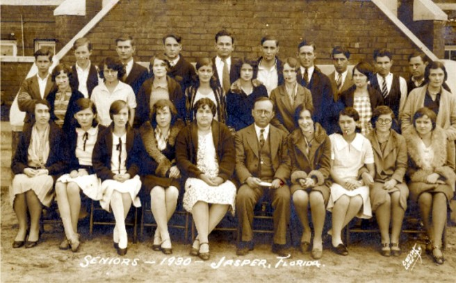 Jasper High School 1930. Jewell is second from left on the bottom row.