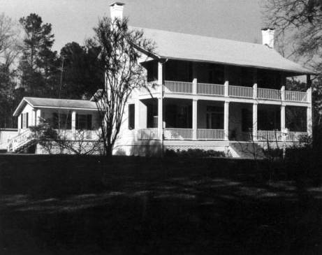 Typical Leon County plantation house (not Kenneth's). From floridamemory.com.